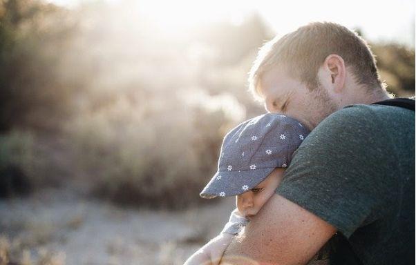 Père célibataire en quête de nouvelles rencontres : Comment s'y prendre ?